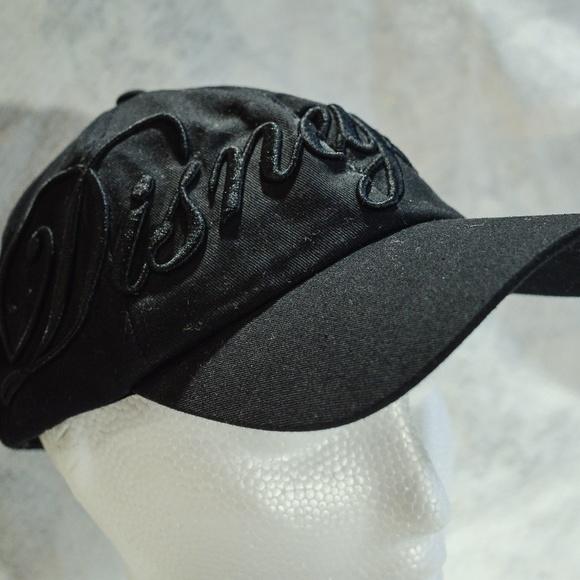Disney Accessories - Disneyland Resort Black One-Size Mickey Mouse Hat fbc40f3d7c56